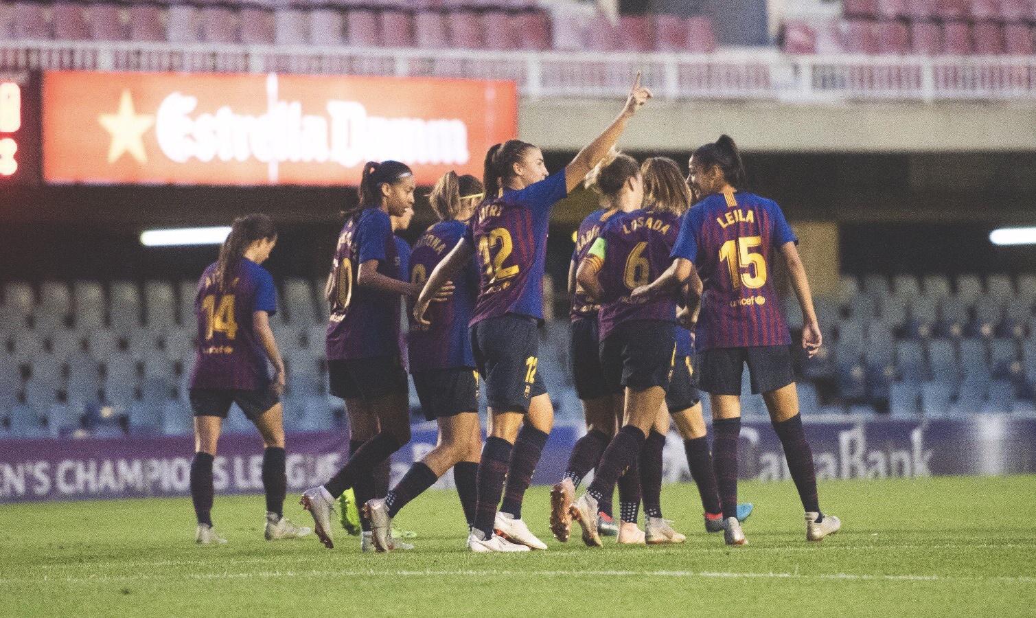 FC Barcelona Femení celebrate scoring against Glasgow City in the Women's Champions League