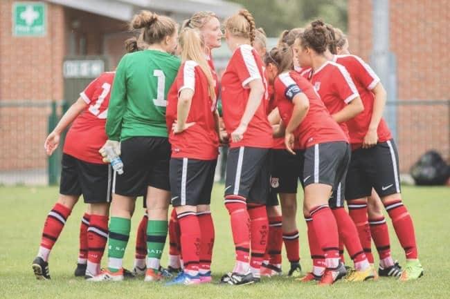 Southampton Women during a pre-match huddle