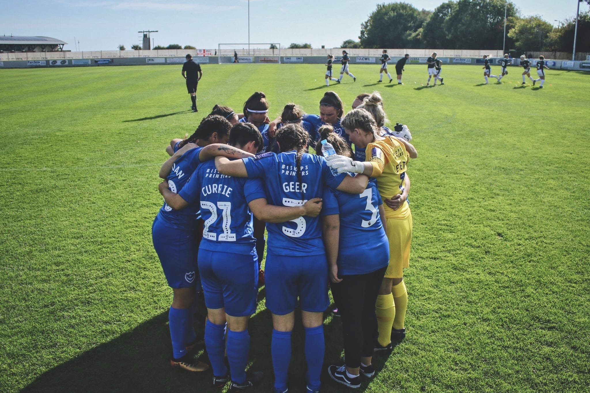 Portsmouth Women huddle just before kick off against Plymouth. Photo by Jordan Hampton