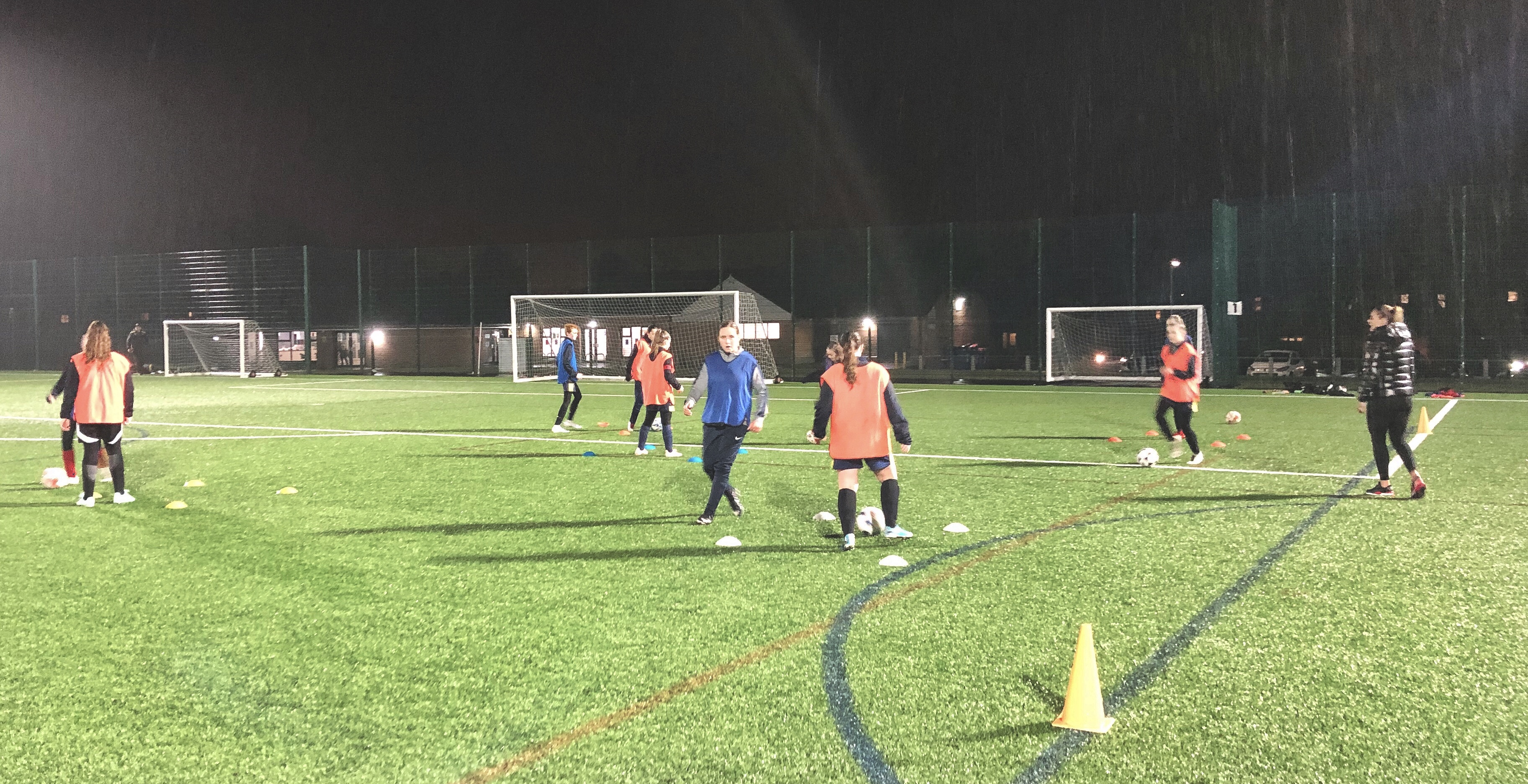 Havant & Waterlooville Girls being coached by Reading Women's Kirsty Pearce