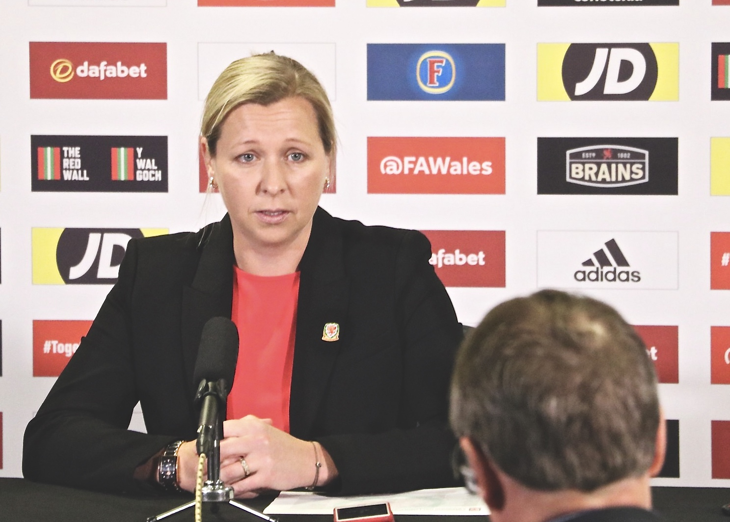 Jayne Ludlow on Sophie Ingle and Jess Fishlock's UEFA Womens Champions League run
