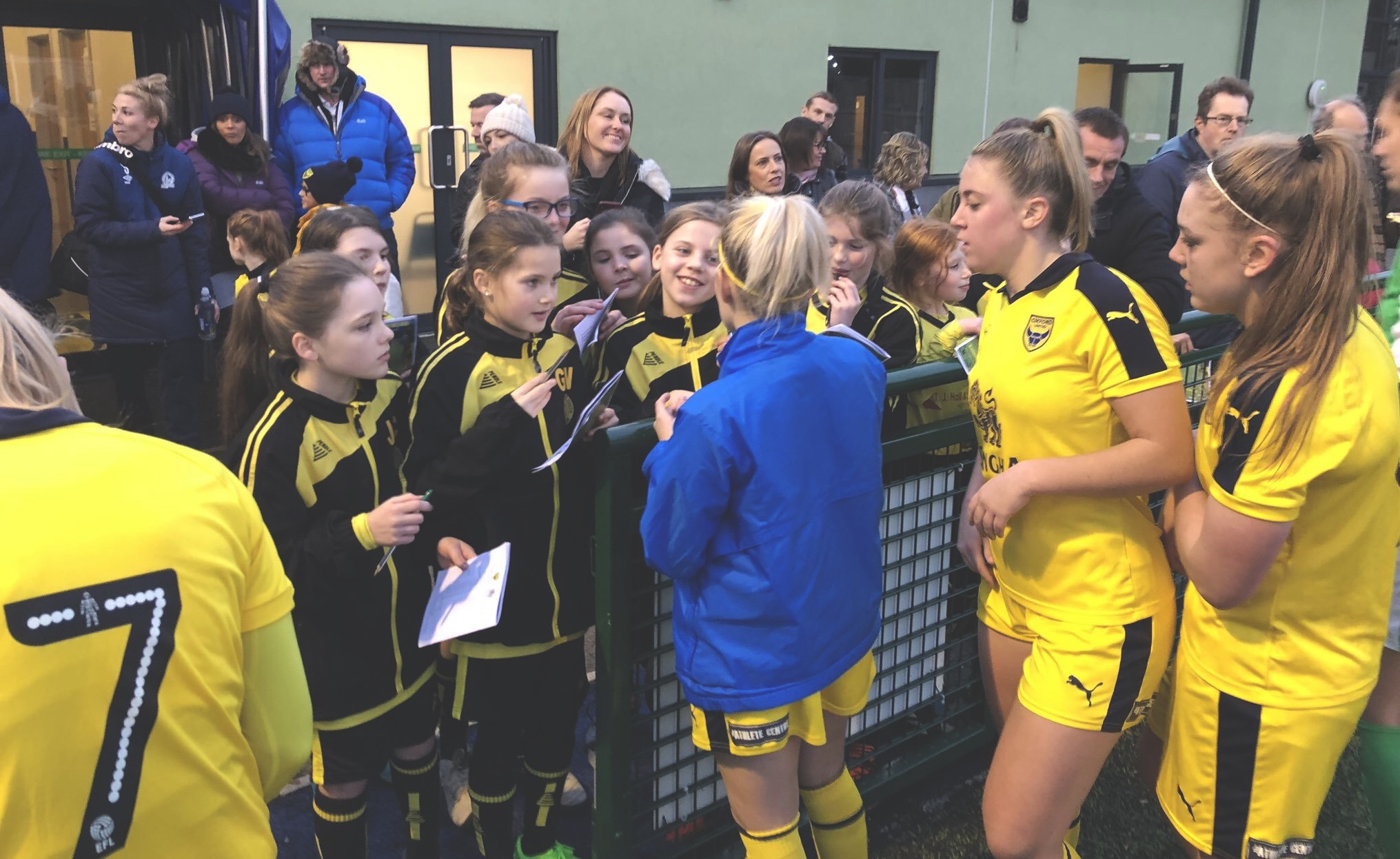 The Oxford United girls meeting the next generations of footballers