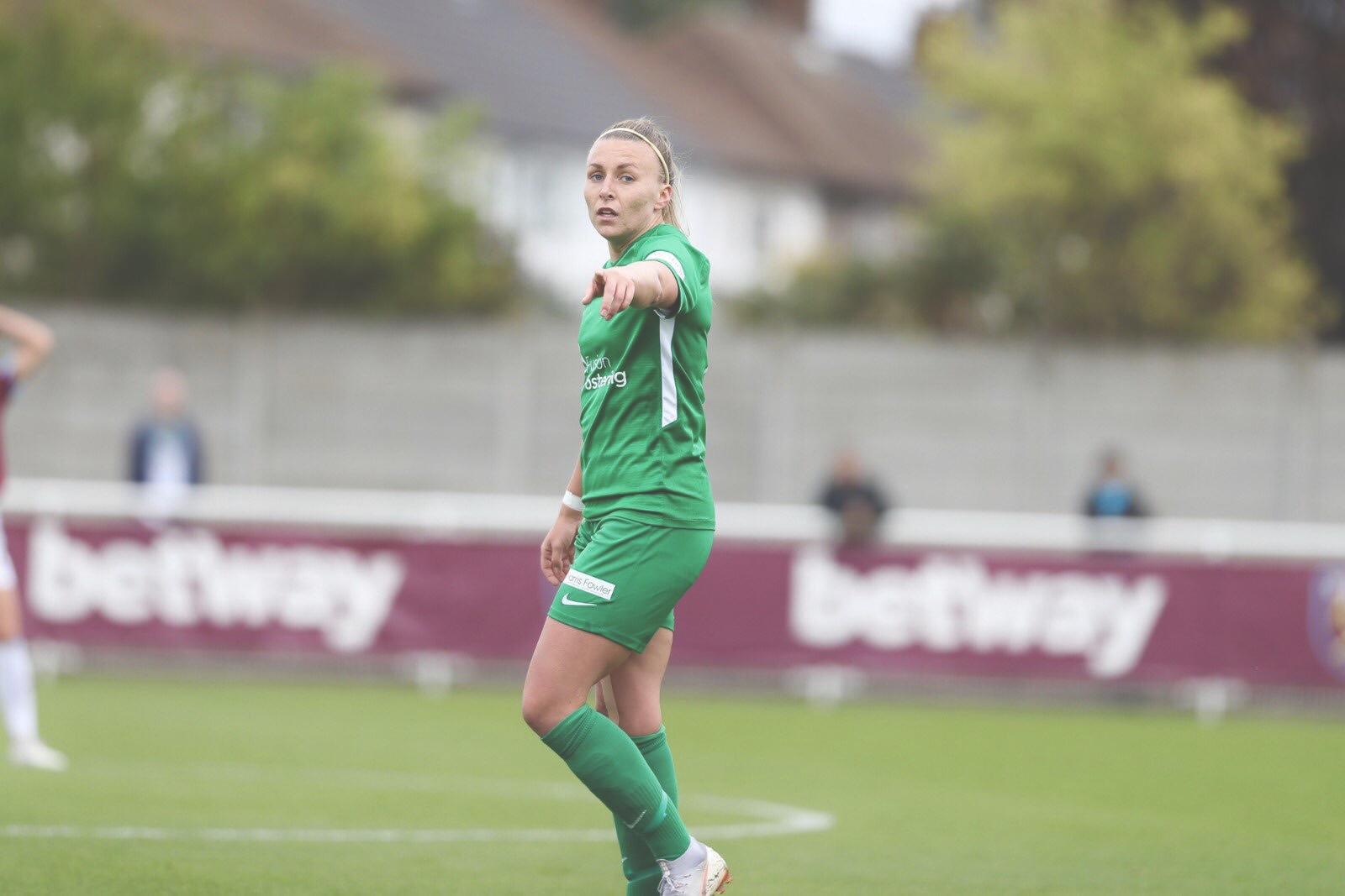 Hannah Short marshalling her Yeovil Town side. Photo from @YeovilLadiesFC